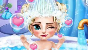 Baby Elsa in the Bath