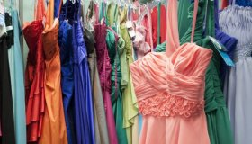 Choose a Prom Dress For Your Body Type
