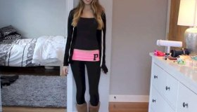 This Girl Knows How to Wear Leggings (video)