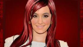 Ariana Grande Games 2015