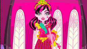 Draculaura Dress Up Mobile