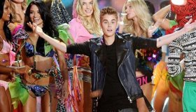 Justin and Rihanna perform at Victoria's Secret Fashion Show