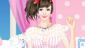 Hello Kitty Dress Up Girl