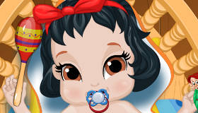 Snow White Baby Bath