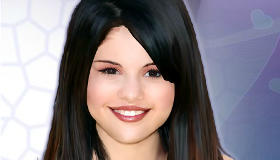 Make Up Selena Gomez