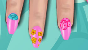 Pretty Spring Flowers Manicure