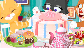 Kitten's Tea Party