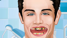 Tomas from Violetta at the Dentist